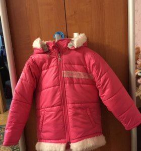 Куртка на девочку(торг)