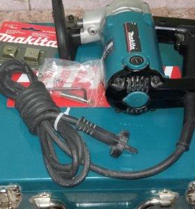 Электрические ножницы Makita JS 3200