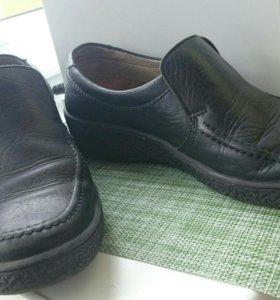 Туфли мужские в дар, кож.в хорошем состоянии