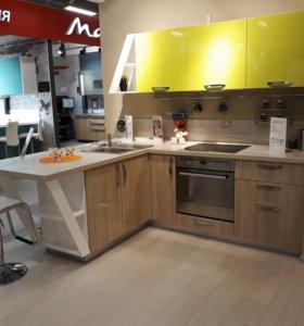 Дилерская точка кухонной мебели в крупном ТЦ