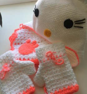 Шапочка, шарфик и перчатки
