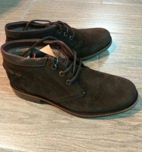 Ботинки. Новые.