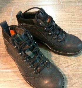 Ботинки. Новые