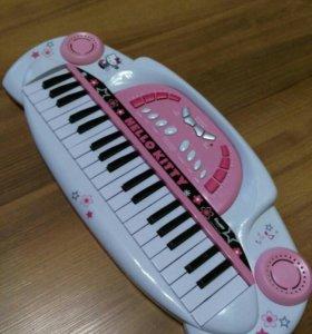 Пианино-синтезатор