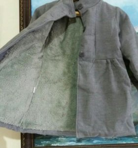 Детское пальто новое