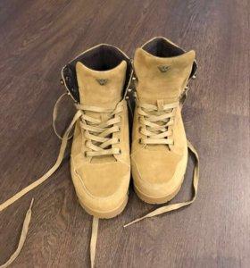 Ботинки мужские Armani Jeans р-р 42.