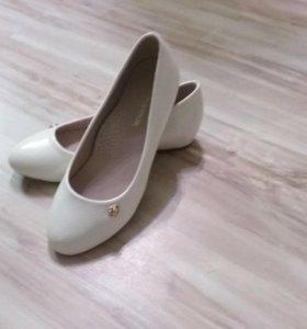Продам туфли 33 размера ,одевали 1 раз