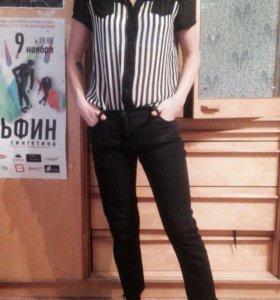 Блуза и джинсы