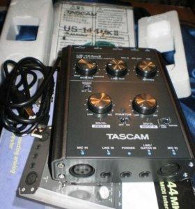 Аудиоинтерфейс TASCAM US-144MKII