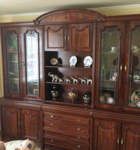 Мебель для гостиной, зала, большого коридора