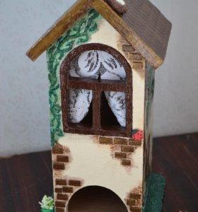 Часы, чайные домики, рамки,семейные календари...