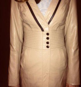 Кожаная куртка 44р новая