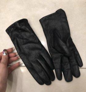 Перчатки замшевые и кожаные