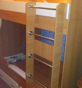 Продам кровать 2-х ярусную цена 5 тыс