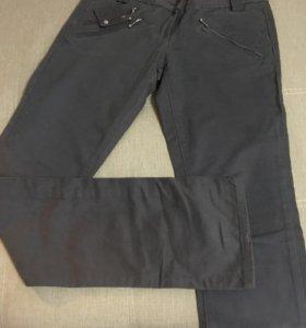 Брюки -джинсы