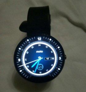 Motorola 360 (moto 360) черные.