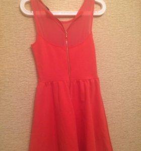 Платье в отличном состоянии !!!!