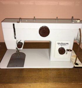 Швейная машинка «Чайка 134»
