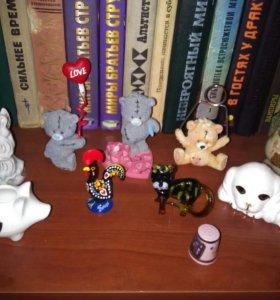 Фигурки, сувениры, керамика, фарфор.