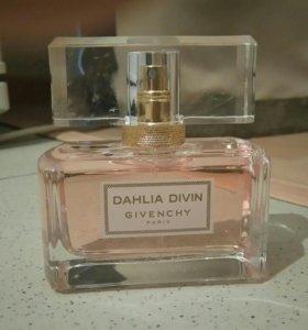 Туалетная вода Givenchy Dahlia Divin