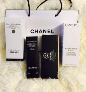 Подарочный набор тени,тональный крем Chanel