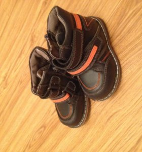 Осенние ботинки Barkito