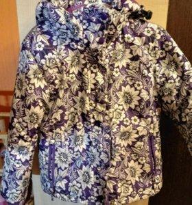 Куртка на девочку 6_7 лет