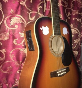 Продам гитару Colombo