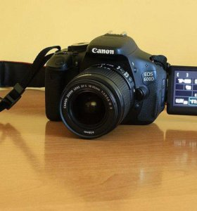 Canon 600D Kit 18-55mm