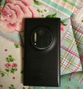 Телефон Nokia lumia 1020