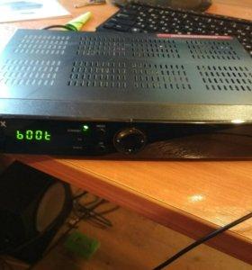 Ресивер спутниковый HUMAX VAHD-3100S