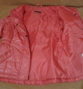 Куртка на девочку 4,5-6 лет