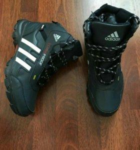 Кроссовки adidas terrex зимние