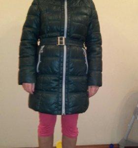 Куртка зимняя б/у, носила мало