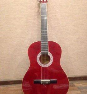 Классическая гитара Amati