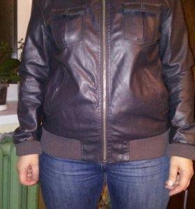 Кожанная куртка 48р