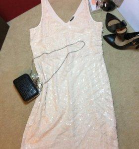 Платье в пайетках MOTIVI