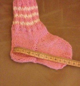 Вязаные новые носочки