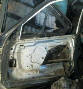 Дверь передняя правая BMW e36
