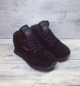 Новые зимние кроссовки Reebok classic Рибок черные