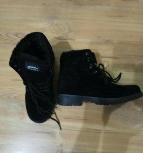Новый зимний женский ботинки