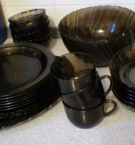 набор посуды из французского стекла