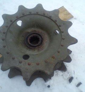 Ведущие колеса(звездочка) на Газ-71 12/70(65)