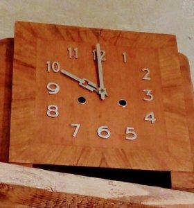 Старинные часы с боем