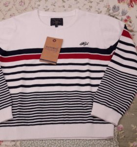 Новый свитер Mayoral 7 лет 122 см