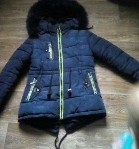 Зимняя куртка на девочку 9-12лет