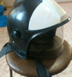 Б/у шлема пожарного