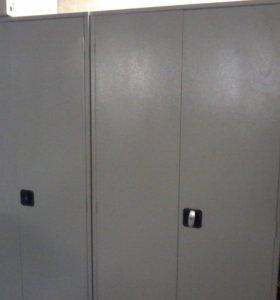 продам металлический шкаф в идеальном состоянии