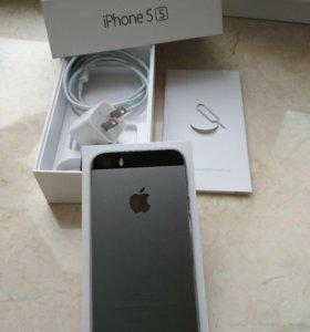 Смартфон Айфон 5S 16GB