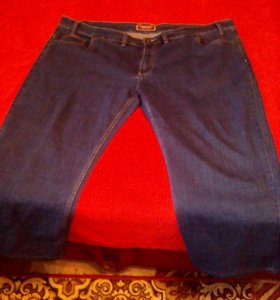 джинсы стрейчевые.